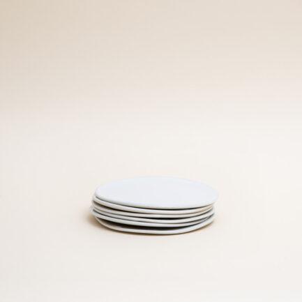 6 assiettes à dessert blanches pour servir une entrée ou le dessert