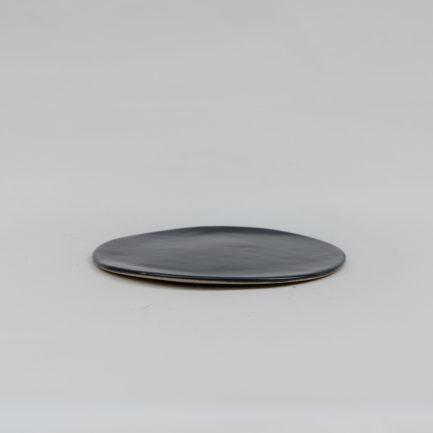 petite-assiette-noire-1